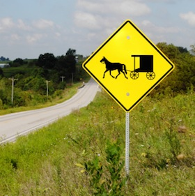 image of amish crossing sign